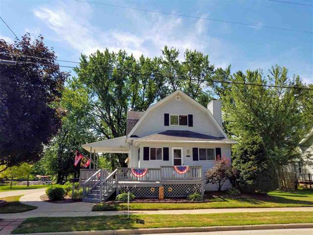 1002 W North Water Street, New London, WI 54961 (#50226706) :: Ben Bartolazzi Real Estate Inc