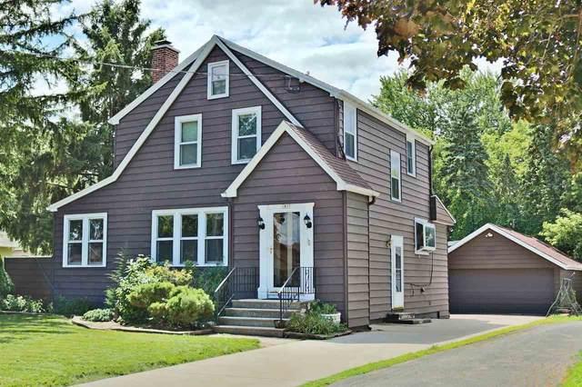 1837 Vinland Street, Oshkosh, WI 54901 (#50226786) :: Ben Bartolazzi Real Estate Inc