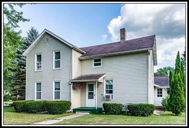 229 2ND Street, Manawa, WI 54949 (#50226813) :: Carolyn Stark Real Estate Team