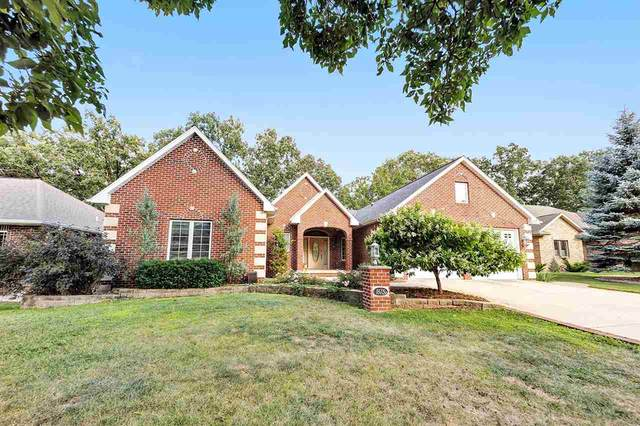1615 Rustic Oaks Court, Green Bay, WI 54301 (#50226827) :: Dallaire Realty