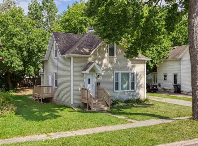 409 5TH Street, Neenah, WI 54956 (#50226847) :: Dallaire Realty