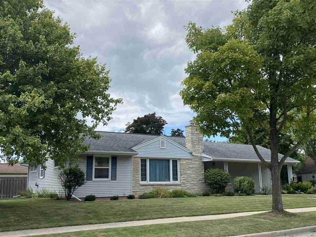 1107 W Glendale Avenue, Appleton, WI 54914 (#50226877) :: Dallaire Realty