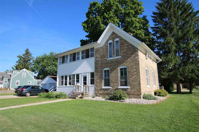 322 Monroe Street, Waupun, WI 53963 (#50226879) :: Town & Country Real Estate