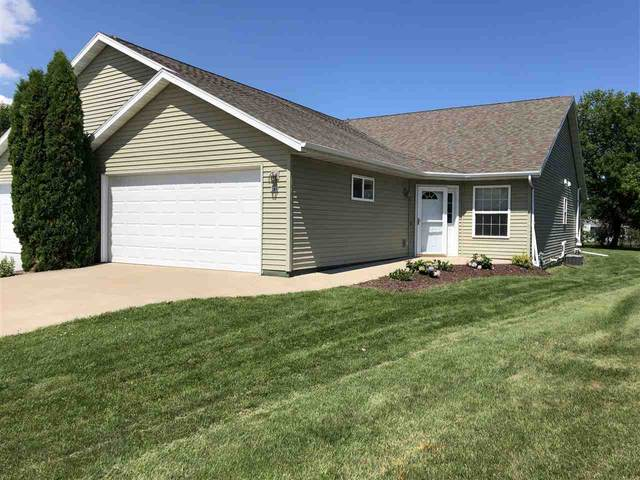 80 Cherry Park Court, Oshkosh, WI 54902 (#50226884) :: Symes Realty, LLC