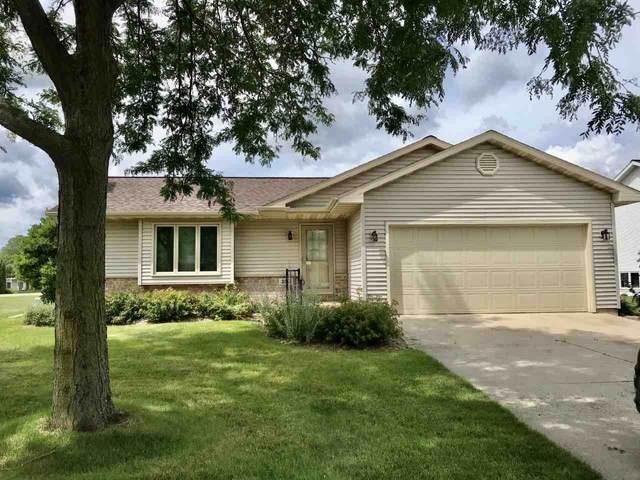320 Southview Road, Fond Du Lac, WI 54935 (#50226937) :: Ben Bartolazzi Real Estate Inc