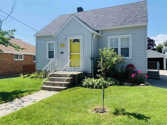 1414 S 19TH Street, Manitowoc, WI 54220 (#50226963) :: Ben Bartolazzi Real Estate Inc