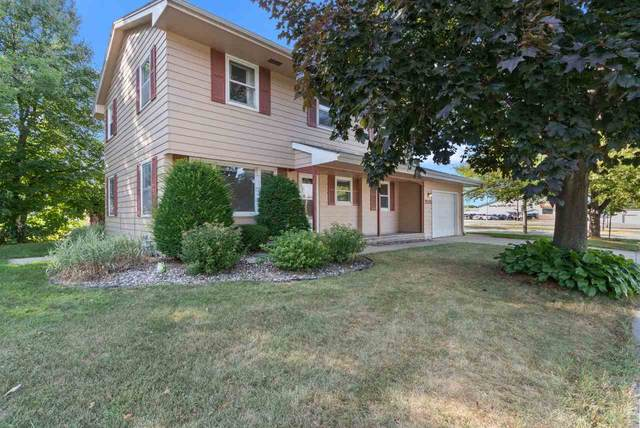 1235 Lark Street, Green Bay, WI 54303 (#50226972) :: Ben Bartolazzi Real Estate Inc