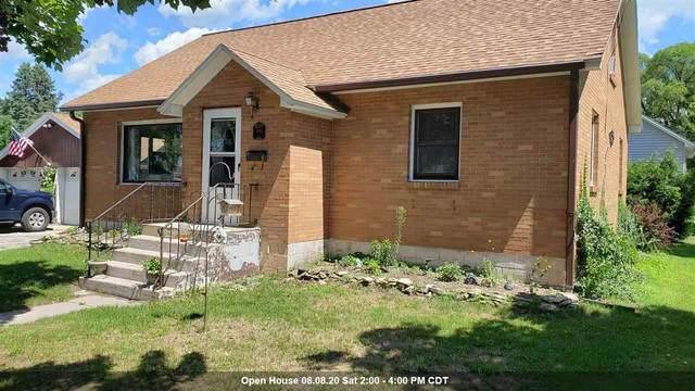 300 N Noquebay Avenue, Peshtigo, WI 54157 (#50226973) :: Ben Bartolazzi Real Estate Inc