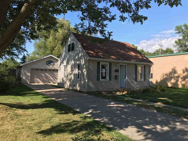 1322 E Fremont Street, Appleton, WI 54915 (#50226994) :: Dallaire Realty