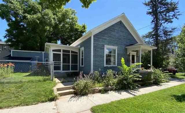 612 Jackson Street, Marinette, WI 54143 (#50227150) :: Symes Realty, LLC