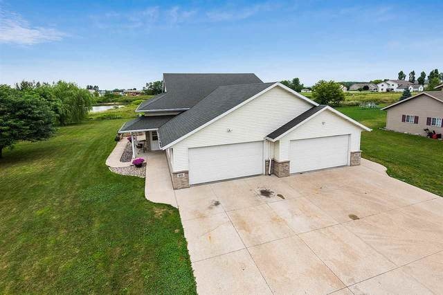 955 Northwoods Drive, Seymour, WI 54165 (#50227163) :: Dallaire Realty