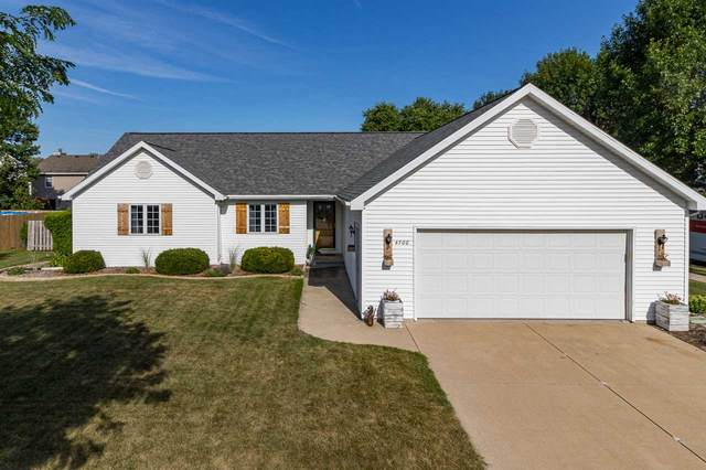 4700 N Holiday Drive, Appleton, WI 54914 (#50227335) :: Todd Wiese Homeselling System, Inc.