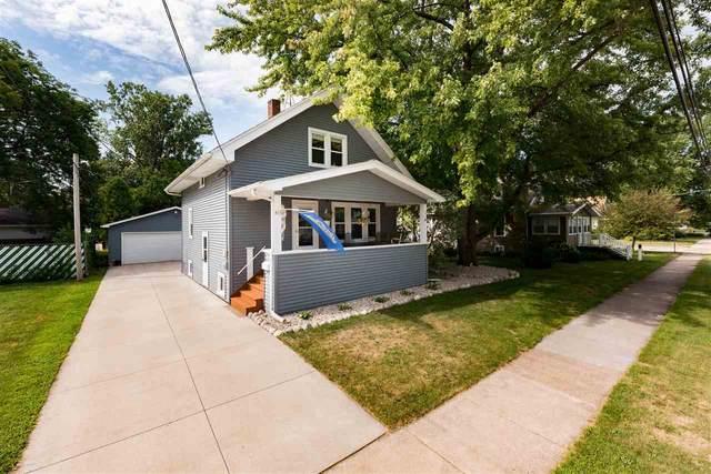 813 W Bent Avenue, Oshkosh, WI 54901 (#50227444) :: Ben Bartolazzi Real Estate Inc