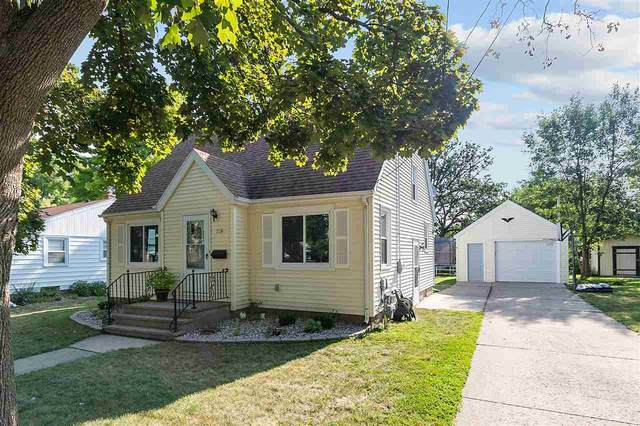 714 N Sawyer Street, Oshkosh, WI 54902 (#50227464) :: Ben Bartolazzi Real Estate Inc