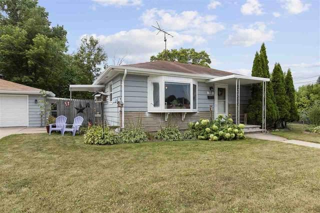 728 Adams Street, Neenah, WI 54956 (#50227467) :: Ben Bartolazzi Real Estate Inc