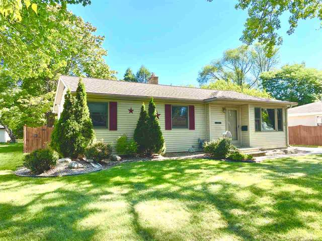 609 Clover Lane, Green Bay, WI 54301 (#50227468) :: Ben Bartolazzi Real Estate Inc