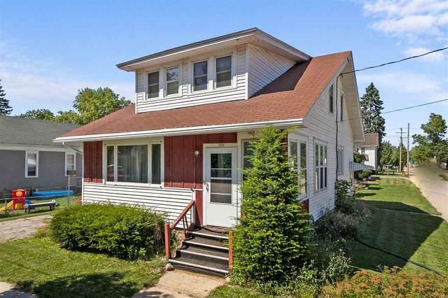 326 W Spring Street, Appleton, WI 54911 (#50227500) :: Todd Wiese Homeselling System, Inc.