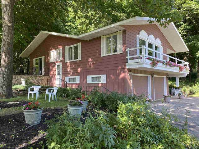 W9816 Cedar Road, Fremont, WI 54940 (#50227582) :: Ben Bartolazzi Real Estate Inc