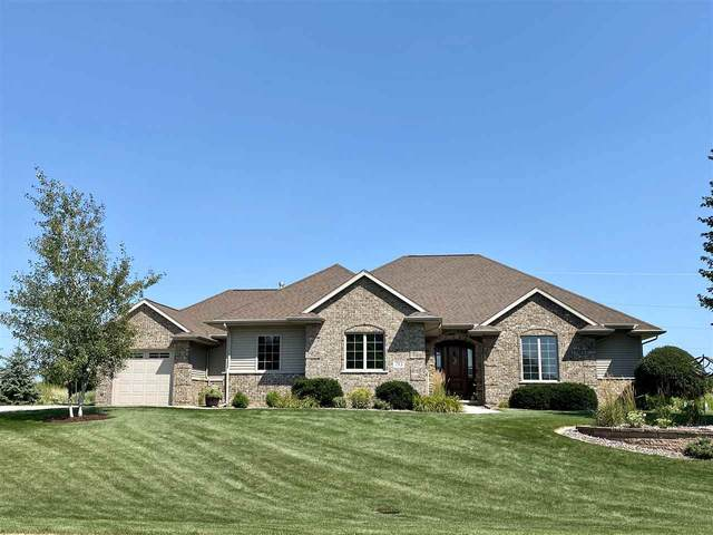 753 Estate Drive, Fond Du Lac, WI 54935 (#50227649) :: Symes Realty, LLC