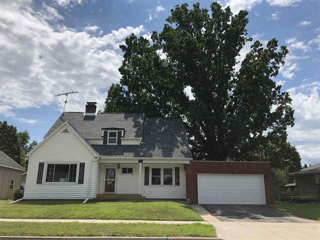 213 2ND Street, Manawa, WI 54949 (#50227668) :: Todd Wiese Homeselling System, Inc.