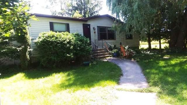 5066 Apple Road, Sturgeon Bay, WI 54235 (#50227670) :: Carolyn Stark Real Estate Team