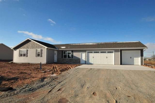 1410 Mase Drive, Kaukauna, WI 54130 (#50227854) :: Carolyn Stark Real Estate Team