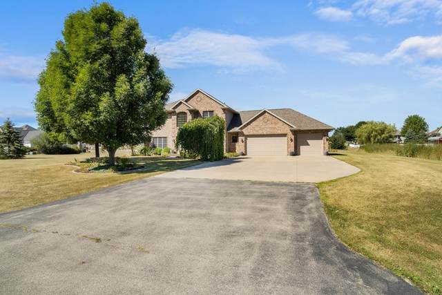 2423 Kavanaugh Road, Kaukauna, WI 54130 (#50227871) :: Carolyn Stark Real Estate Team