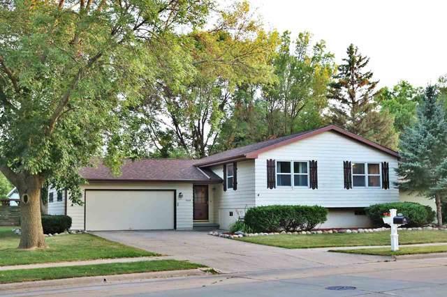 1448 Maricopa Drive, Oshkosh, WI 54904 (#50227906) :: Carolyn Stark Real Estate Team