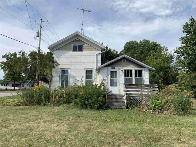 501 E River Drive, Omro, WI 54963 (#50227995) :: Carolyn Stark Real Estate Team