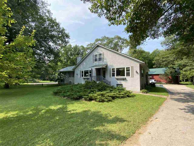 N3027 Shore Drive, Marinette, WI 54143 (#50228040) :: Symes Realty, LLC