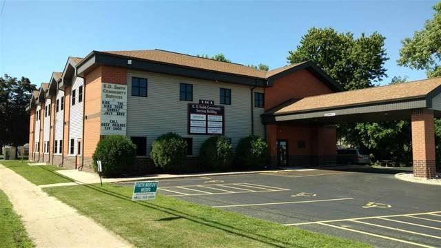 181 E North Water Street, Neenah, WI 54956 (#50228067) :: Dallaire Realty