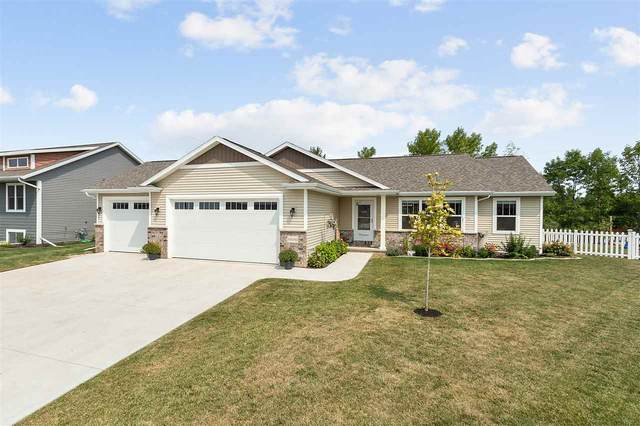N8243 Big Lake Court, Sherwood, WI 54169 (#50228098) :: Symes Realty, LLC