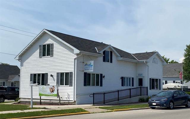 1223 Lake Street, Algoma, WI 54201 (#50228163) :: Ben Bartolazzi Real Estate Inc