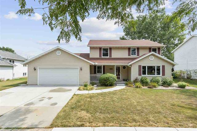 3216 S Blueberry Lane, Appleton, WI 54915 (#50228179) :: Carolyn Stark Real Estate Team