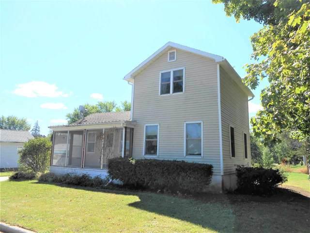 236 E Huron Street, Omro, WI 54963 (#50228416) :: Carolyn Stark Real Estate Team