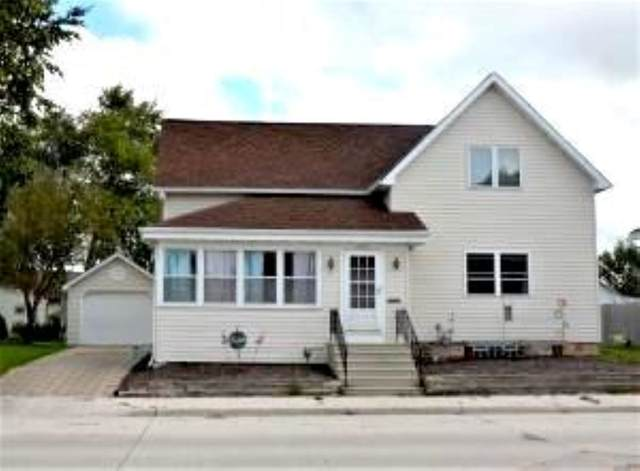 2122 Calumet Drive, New Holstein, WI 53061 (#50228419) :: Carolyn Stark Real Estate Team