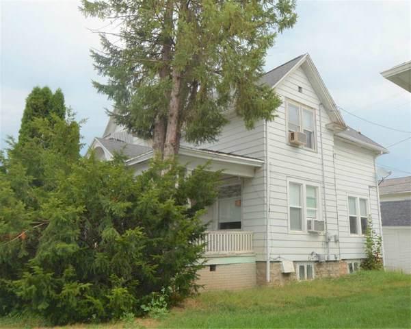 124 N Madison Street, Chilton, WI 53014 (#50228426) :: Carolyn Stark Real Estate Team