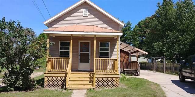 E7280 Hwy 54, New London, WI 54961 (#50228554) :: Ben Bartolazzi Real Estate Inc
