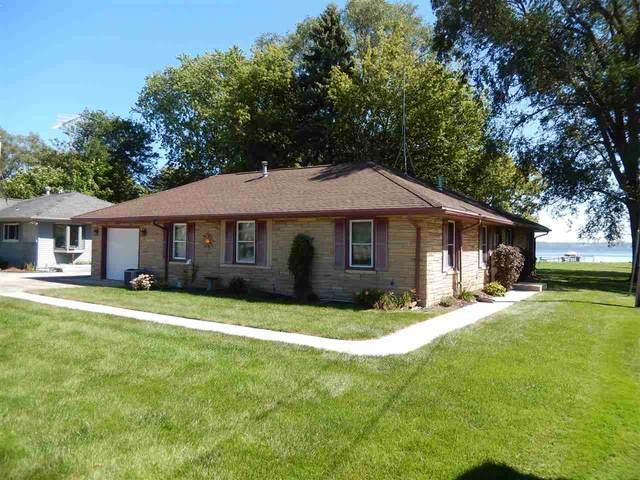 N8461 Lakeshore Drive, Fond Du Lac, WI 54937 (#50228686) :: Symes Realty, LLC