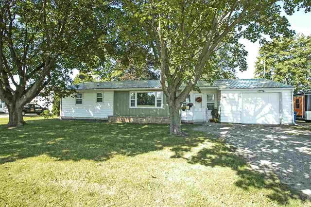 7003 Hwy R, Oshkosh, WI 54902 (#50228694) :: Carolyn Stark Real Estate Team