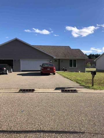 955 Charles Wright Drive, Waupaca, WI 54981 (#50228812) :: Ben Bartolazzi Real Estate Inc