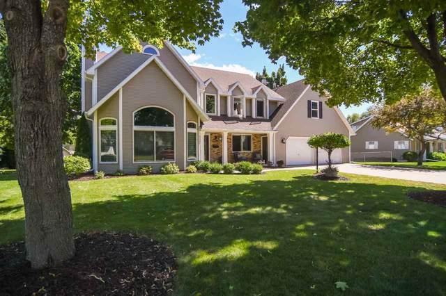 2025 Bradbury Lane, Green Bay, WI 54313 (#50228860) :: Symes Realty, LLC