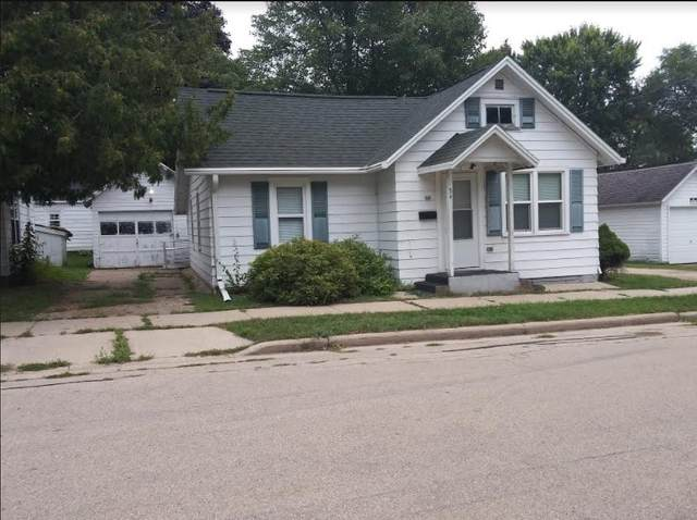 54 Lincoln Avenue, Clintonville, WI 54929 (#50228904) :: Carolyn Stark Real Estate Team
