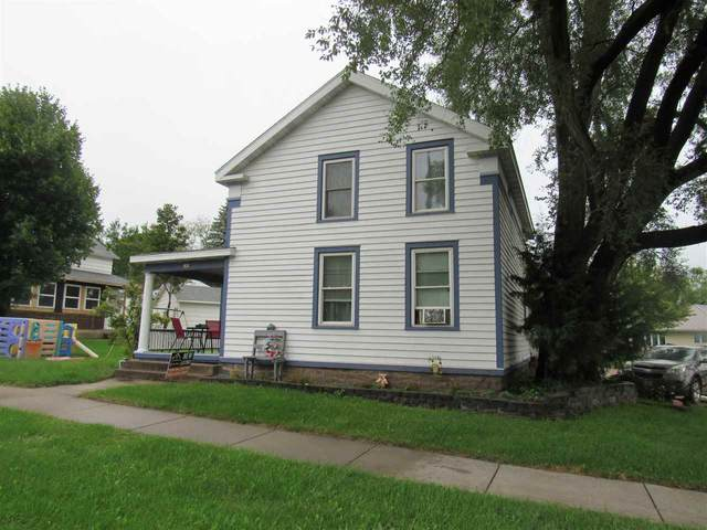 180 Ripon Road, Berlin, WI 54923 (#50228993) :: Town & Country Real Estate