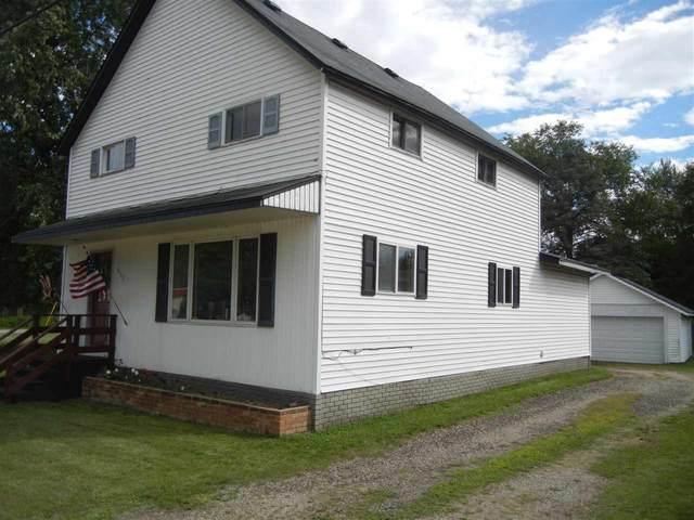 517 W Bannerman Avenue, Redgranite, WI 54970 (#50229010) :: Symes Realty, LLC