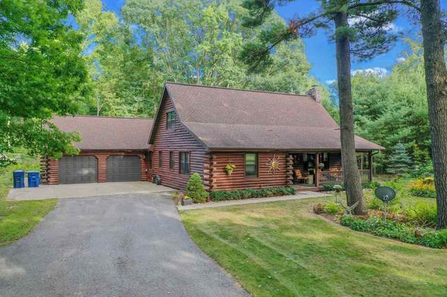 2494 Northwood Road, Suamico, WI 54313 (#50229016) :: Town & Country Real Estate