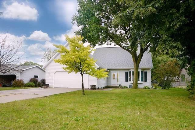 2147 Redtail Drive, Neenah, WI 54956 (#50229047) :: Carolyn Stark Real Estate Team