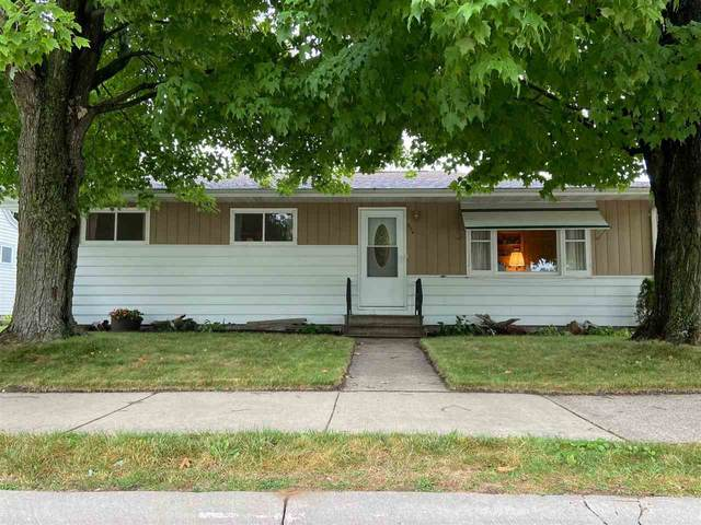 936 S Union Street, Shawano, WI 54166 (#50229080) :: Carolyn Stark Real Estate Team