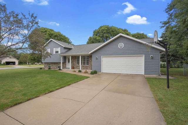 2453 Valley Heights Drive, Green Bay, WI 54311 (#50229140) :: Symes Realty, LLC