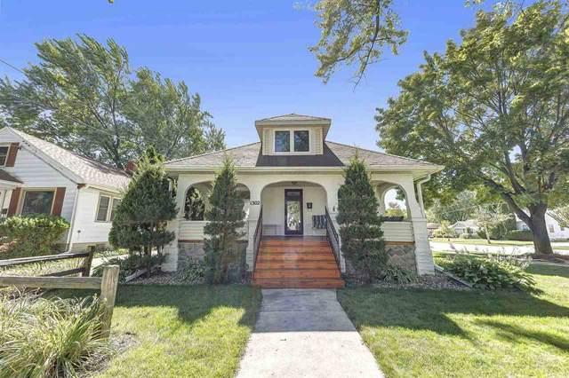 1302 Emilie Street, Green Bay, WI 54301 (#50229197) :: Carolyn Stark Real Estate Team